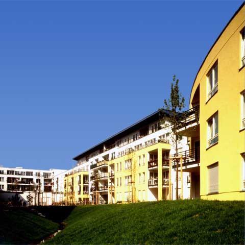 Wohnkomplex Geschaeftskomplex Hildburghauser Str